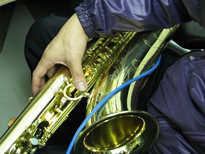 セルマーサックスの修理中(リペア,調整) 2009.5/7 3