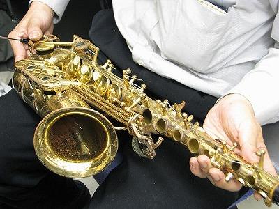 ヤナギサワアルトサックスの修理中(リペア,調整) 2009.7/5 画像1